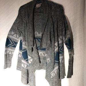 Romeo & Juliet Couture Blue & Gray Cardigan